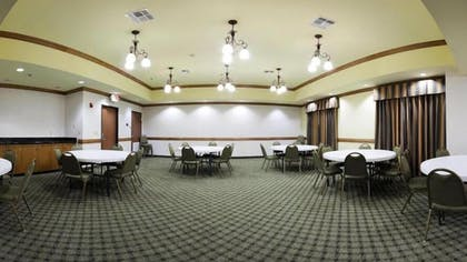 Meeting Facility | Holiday Inn Express & Suites Zapata