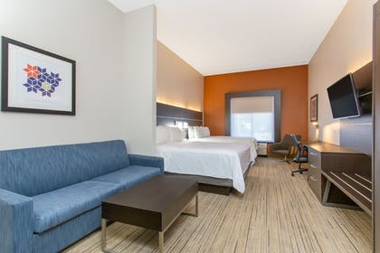 Room | Holiday Inn Express Hotel & Suites Silver Springs - Ocala