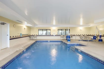 Indoor Pool | SpringHill Suites by Marriott Omaha East/Council Bluffs, IA