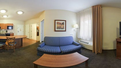 Living Area | Candlewood Suites Augusta