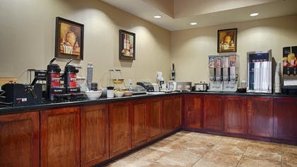 Breakfast Area | Best Western Mineola Inn