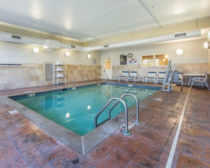 Pool | Comfort Suites East