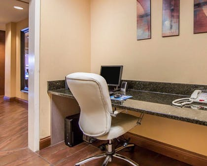 Business Center | Comfort Suites East