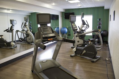 Fitness Facility | Holiday Inn Express & Suites Parkersburg-Mineral Wells