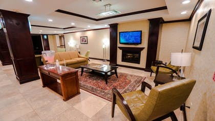 Interior | Holiday Inn Express & Suites Pampa