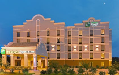 Featured Image | Holiday Inn Express & Suites - Greenwood
