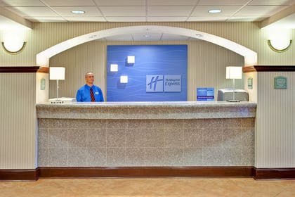 Lobby | Holiday Inn Express & Suites - Greenwood
