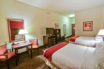 Guestroom   Holiday Inn Express Hotel & Suites Terrell