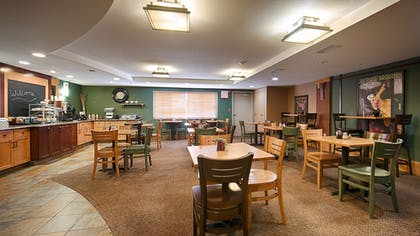 Food Court | Best Western Plus McCall Lodge & Suites
