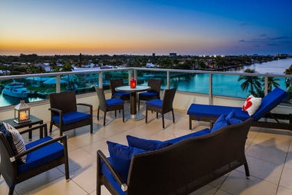 Terrace/Patio | Residence Inn by Marriott Fort Lauderdale Intracoastal/Il Lugano