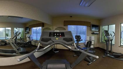 Fitness Facility | Holiday Inn Express Hotel & Suites Muskogee