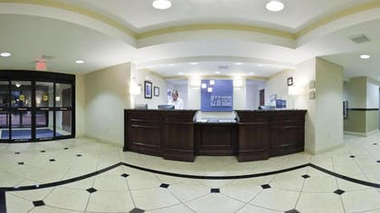 Lobby | Holiday Inn Express Hotel & Suites Muskogee