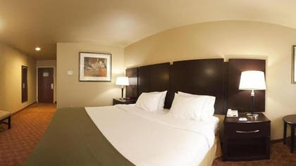Guestroom | Holiday Inn Express Hotel & Suites Muskogee