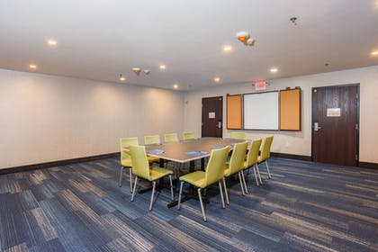 Meeting Facility | Holiday Inn Express Hotel & Suites Swansea