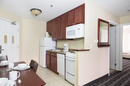 Guestroom | TownePlace Suites by Marriott Pocatello