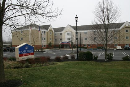 Hotel Front | Candlewood Suites Bordentown-Trenton