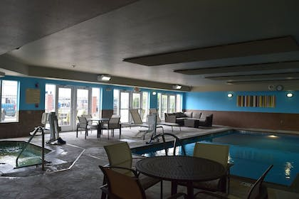 Pool | Holiday Inn Express Hotel & Suites Sparta