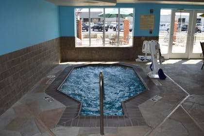 Spa | Holiday Inn Express Hotel & Suites Sparta