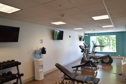 Fitness Facility | Holiday Inn Express Hotel & Suites Sparta