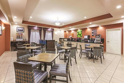 Property Amenity | La Quinta Inn & Suites by Wyndham Granbury