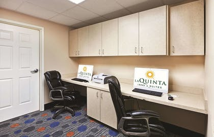 Business Center | La Quinta Inn & Suites by Wyndham Granbury