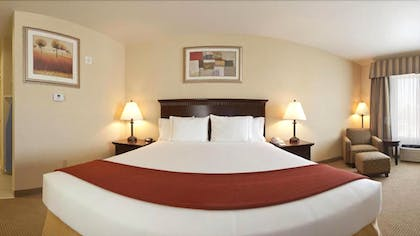 Guestroom | Holiday Inn Express Hotel and Suites Beaumont