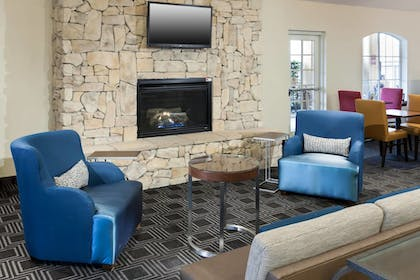 Lobby | TownePlace Suites by Marriott San Antonio Airport