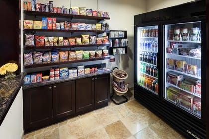 Snack Bar | TownePlace Suites by Marriott San Antonio Airport