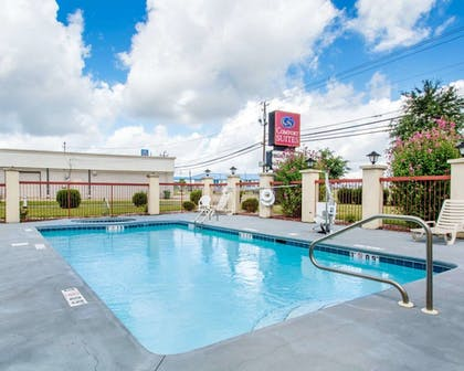 Pool | Comfort Suites Montgomery East Monticello Dr.