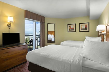 Guestroom | Bay View Resort