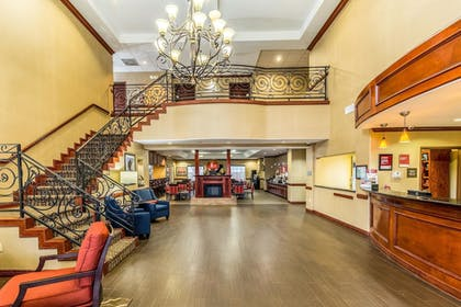 Lobby | Comfort Suites Galveston