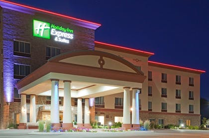 Exterior | Holiday Inn Express Hotel & Suites Wausau