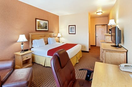 Guestroom | Holiday Inn Express Kalispell