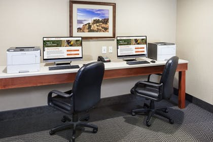Business Center | Holiday Inn Express Hotel & Suites Seabrook