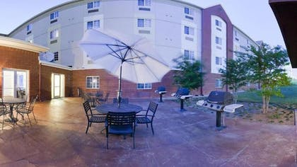 BBQ/Picnic Area | Candlewood Suites DFW South