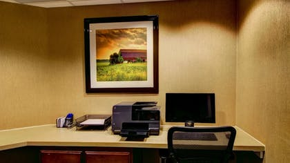 Business Center | Holiday Inn Express & Suites Sioux City - Southern Hills