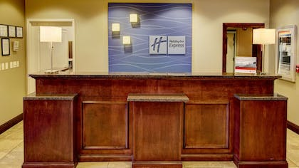 Lobby | Holiday Inn Express & Suites Sioux City - Southern Hills