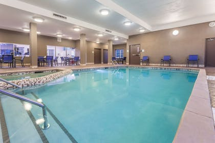 Pool | Holiday Inn Express & Suites Eau Claire North