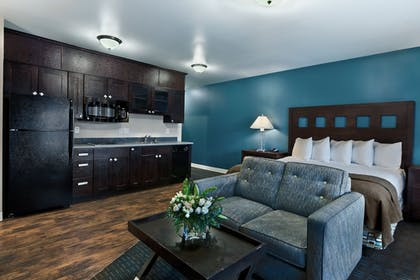 In-Room Kitchenette | Oxford Suites Silverdale