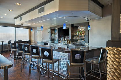 Hotel Bar | Oxford Suites Silverdale