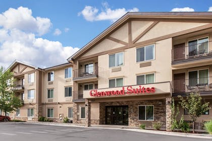 Exterior | Glenwood Suites, an Ascend Hotel Collection Member
