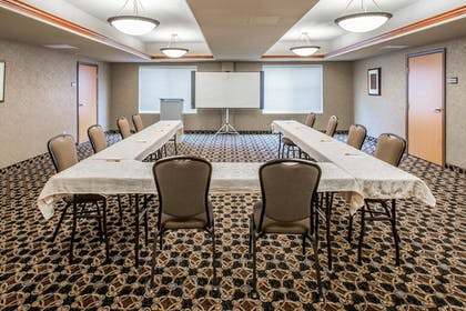 Meeting Facility | Glenwood Suites, an Ascend Hotel Collection Member