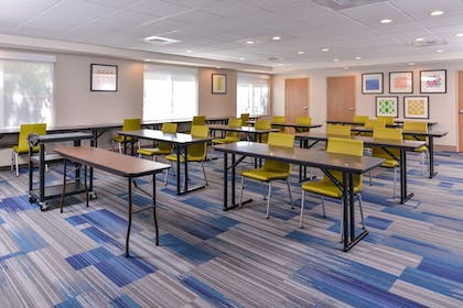 Meeting Facility | Holiday Inn Express Hotel & Suites Lacey