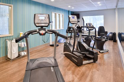 Fitness Facility | Holiday Inn Express Hotel & Suites Lacey