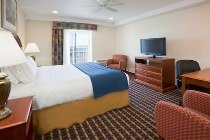 Featured Image   Holiday Inn Express & Suites Petoskey