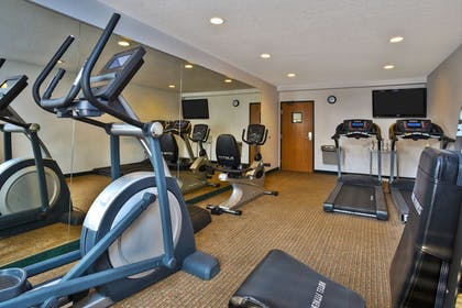 Fitness Facility | Holiday Inn Express & Suites Petoskey