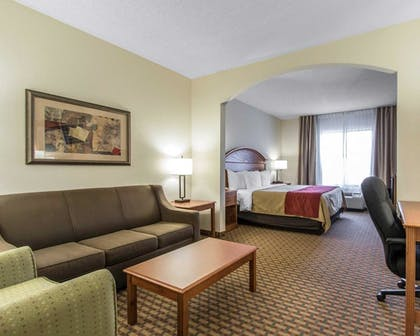 Featured Image | Comfort Inn & Suites Quail Springs