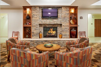 Restaurant | Holiday Inn Express & Suites Loveland