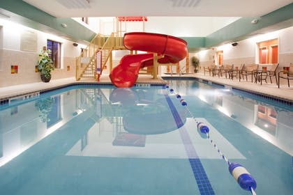 Pool | Holiday Inn Express & Suites Loveland