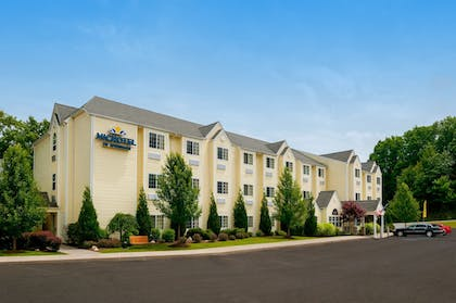 Featured Image | Microtel Inn & Suites by Wyndham Beckley East